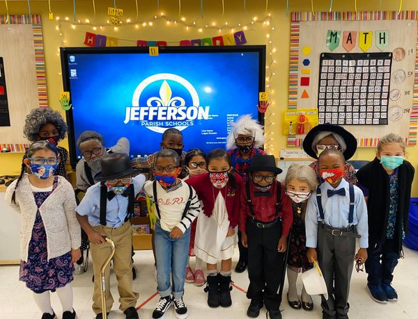 Kindergarten Celebrates the 100th Day of School